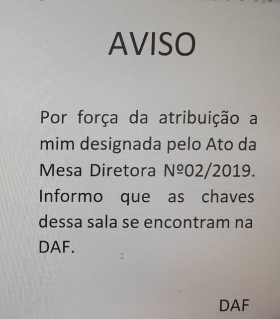 """Robério despeja bloco PT/PSol de sala e distritais reagem: """"Crápula"""""""